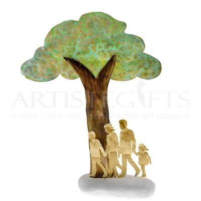 Ζευγάρι με Αγόρι & Κορίτσι Κάτω Από Δέντρο artistegifts επιχειρηματικά δώρα