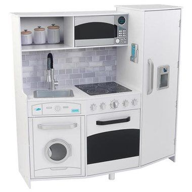 The Large Play Kitchen with lights and sounds is ideal for kids that love to cook with mom and dad. Gourmet play features bring the imaginative environment to life. Includes a fun ice maker that makes