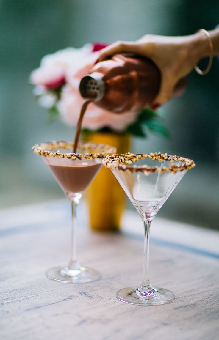 We want to see the action shots of the drink being poured from the bottle and the cocktails being mixed
