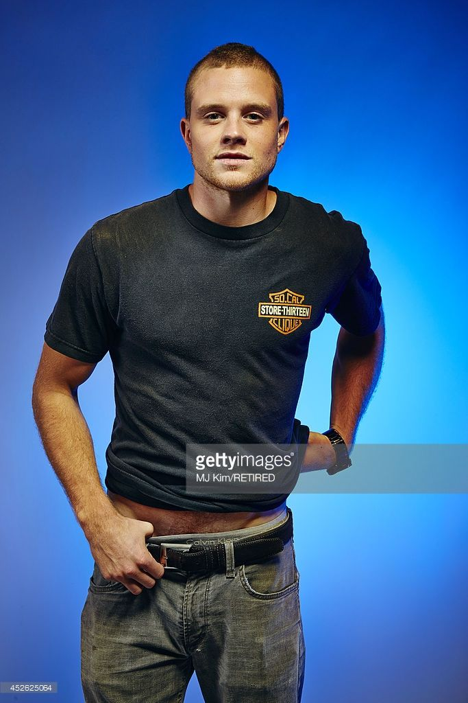 Acteur Jonny Weston pose pour un portrait au Getty Images Portrait studio alimenté par Samsung Galaxy au Comic-Con International 2014 au Hard Rock Hôtel San Diego le 24 Juillet, 2014 à San Diego, en Californie.