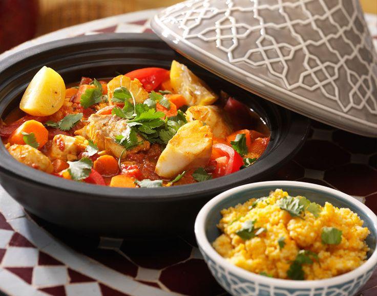 Een zomerse tajine met vis, tomaten, saffraan en gekonfijte citroen als bijzondere smaakmaker.
