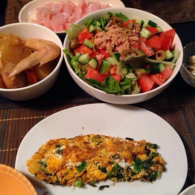 冷蔵庫残りものをやっつけ❗️ - 21件のもぐもぐ - ツナサラダ、ニラ卵、おでん、ちくわチーズ、マグロ by tabajun