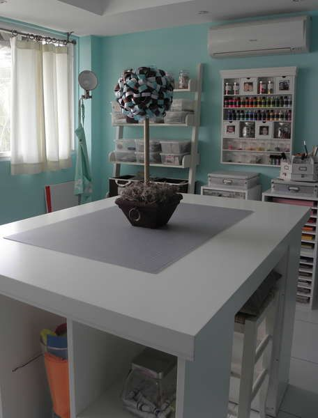 I found this great room on Scrapbook.com and just had to show you. The room looks so big and open, and I love all the storage ideas. She has quite a few solutions that I really want and a few that I have, but don't look as great in my set up. I think it's …