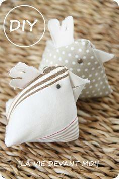 * DIY: une petite poule en tissu pour PAQUES (tuto) – La vie devant moi