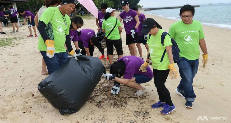 SINGAPORE: To mark World Environment Day on Monday (Jun 5), more than 1,600 students and staff members from Temasek Polytechnic, together with Mediacorp staff volunteers, teamed up to clean 6km of the East Coast Park beach on May 24.  This was the largest beach cleanup organised by Mediacorp. Cigarette butts, food wrappers, plastic bottles and Styrofoam containers were some of the marine litter collected.     The effort is part of Mediacorp's Saving Gaia green initiative, which celebrates…