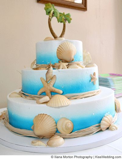 Beach Theme Wedding Cakes for Couples Who Want to KISS KISSwedding.com