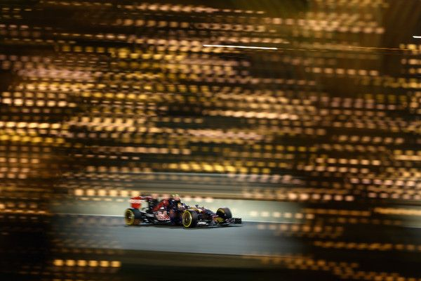 Carlos Sainz Photos - F1 Grand Prix of Bahrain - Qualifying - Zimbio