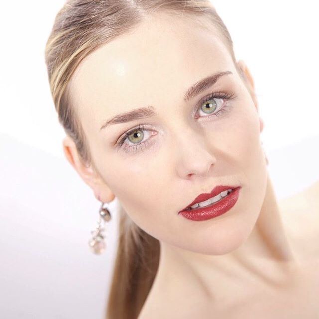 Einen schönen Start in den Tag wünschen wir mit diesem tollen Shootingbild 😍. #fashion#shooting#fashionshoot#photo#photooftheday#beauty#makeup#style#blogger#studio#salzburg#austria#styling#face#instabeauty#instastyle#makeuptutorial#makeupartist#instamakeup#beautyblogger#instablogger#enjoy#daily#look#tagesmakeup
