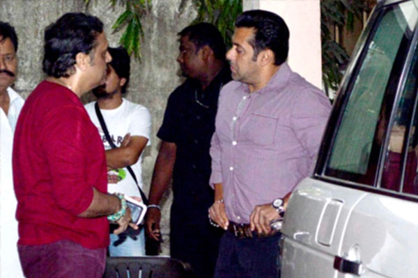 Salman Khan was clicked looking handsome at Ketnav Theatre #salman #khan