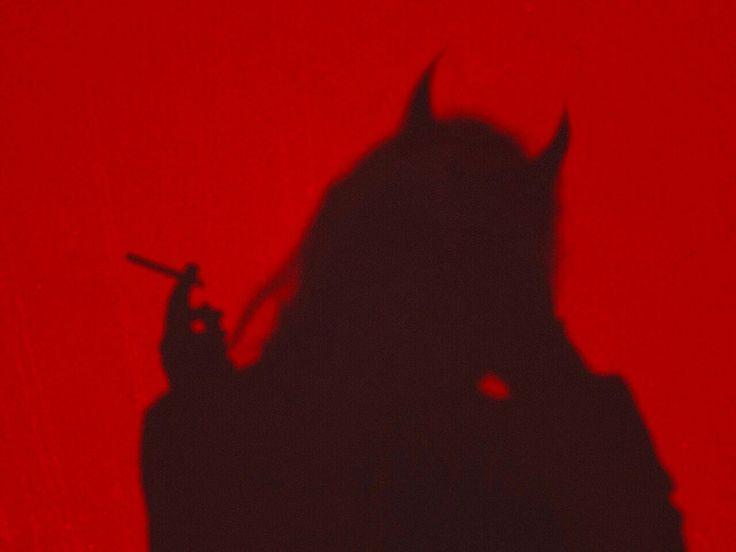Frau Silhouette des roten Teufels – Google Search