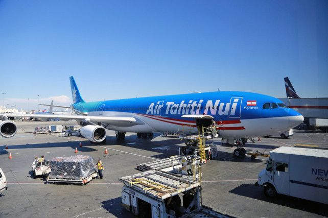 Air Tahiti Nui business class flight LAX/PPT