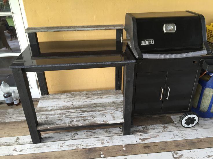 Grillbord til Weber produceret af MCJ Byg Kontakt: mcjbyg@gmail.com