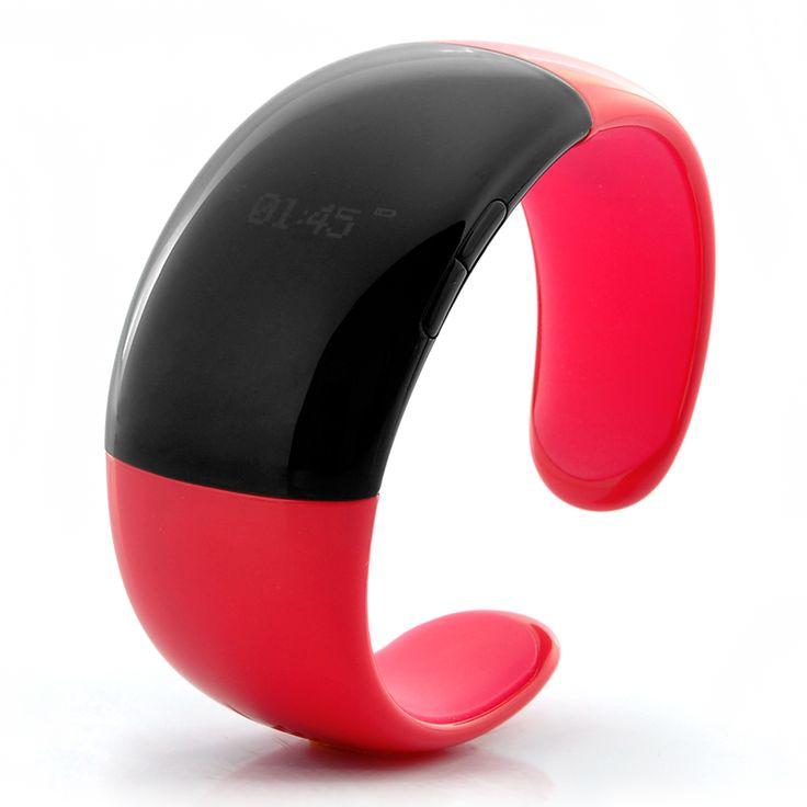 Bratara Ceas cu callerID vibratii bluetooth, smartwatch http://www.gadgetworld.ro/bratara-ceas-cu-callerid-vibratii-bluetooth-smartwatch.html