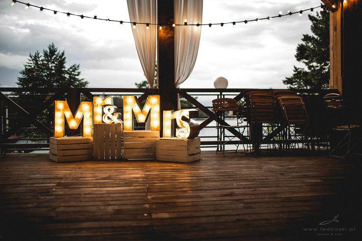 Podświetlane litery Mr&Mrs - www.edan-art.pl - zdjęcie www.ledzinski.pl