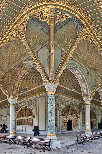 the imperial council building, topkapi palace, istanbul, turkey | travel destinations in eurasia + architecture #wanderlust