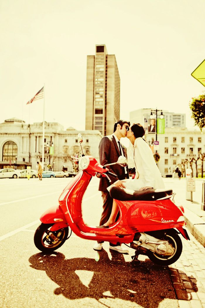 I seriously want one of these scooters!! BAD!! AND they even make for cute pictures!!