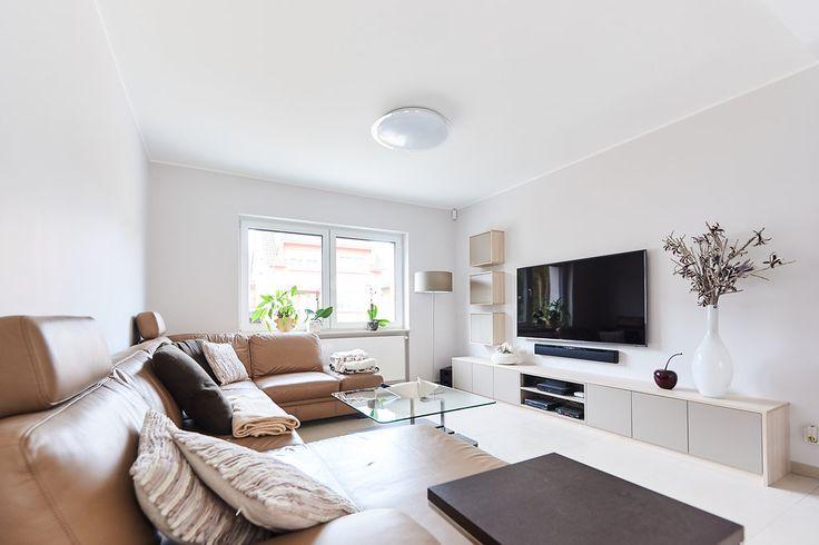 Living room with custom made TV cabinet -  TV meubel op maat - Meuble TV sur mesure