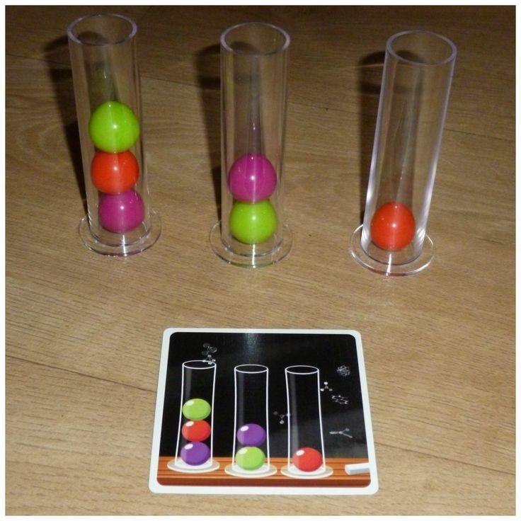 Dr. Eureka Familiespel White Goblin Games 6+ behendigheid snelheid inzicht knikkers moleculen reageerbuizen opdrachten vlog recensie review