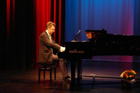 Workshops and Piano Concert by Marcin Głuch | Link to Poland