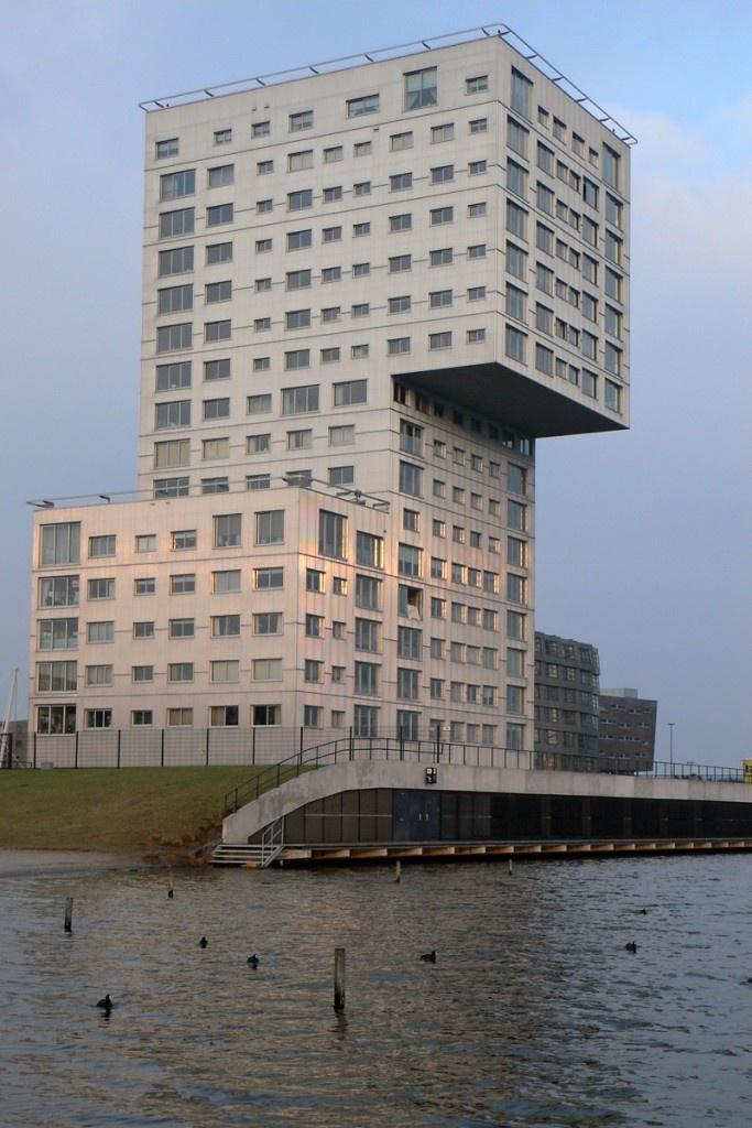 Silverline (Claus en Kaan Architecten). Almere