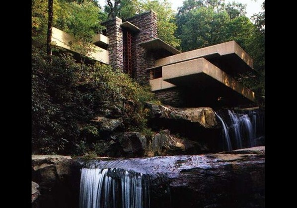 Fallingwater, Mill Run, Pennsylvania (© Wikipedia) I love looking at 'Fallingwater.': Water Houses, Dreams Home, Architects, Dreams Houses, Frank Lloyd Wright, Places, Franklloydwright, Design, Fall Water