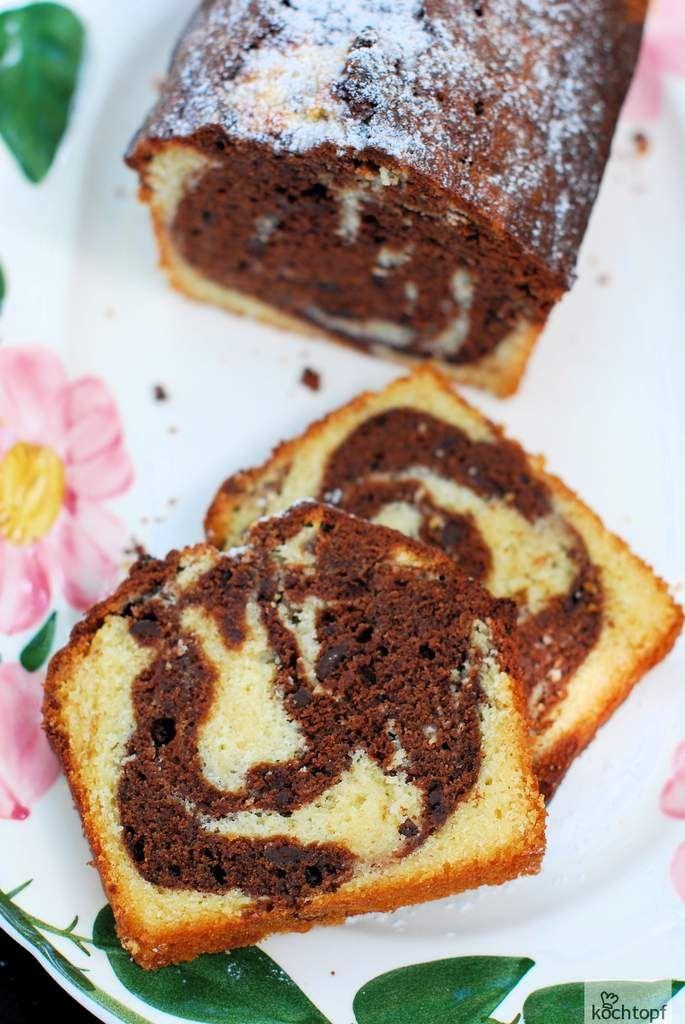 ... zu Pfingsten. Grosis Marmorkuchen von Eva hat vor etwa 5 Jahren die Blogrunde gemacht. Ich hab ihn damals auch gebacken und war begeistert, obwohl ich die Sahne vergessen hatte. Pimpimella hat den Blogbuster anfangs Jahr wieder aus der Versenkung...