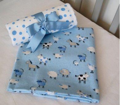 Sevimli desenlerdeki kucaklama battaniyeleri çok kullanışlı! #bebek #battaniyesi