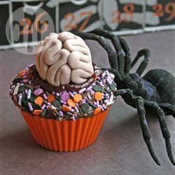 Enge hersenen van fondant voor Halloweentaarten @ allrecipes.nl