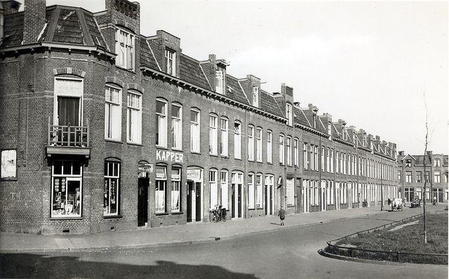Mijn oude kamer op de hoek van het Sabangplein! Groningen Sabangplein ca. 1954