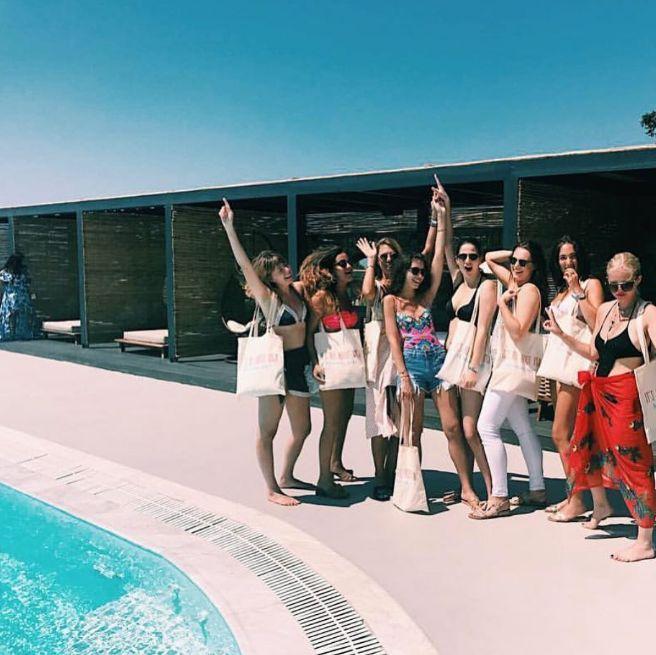 No better place for one last fling, before the ring 💍(credits: @sofikomeladze) #mykonos #mymykonoshotel #bacheloretteparty #bachelorette #wedding #bachelor #bachelorparty #mykonosparty #bohostyle #bohoismystyle #mykonoslove #greekislands #celebrating