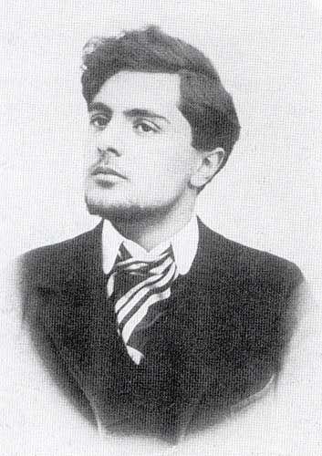 Young Modigliani, around 1904.