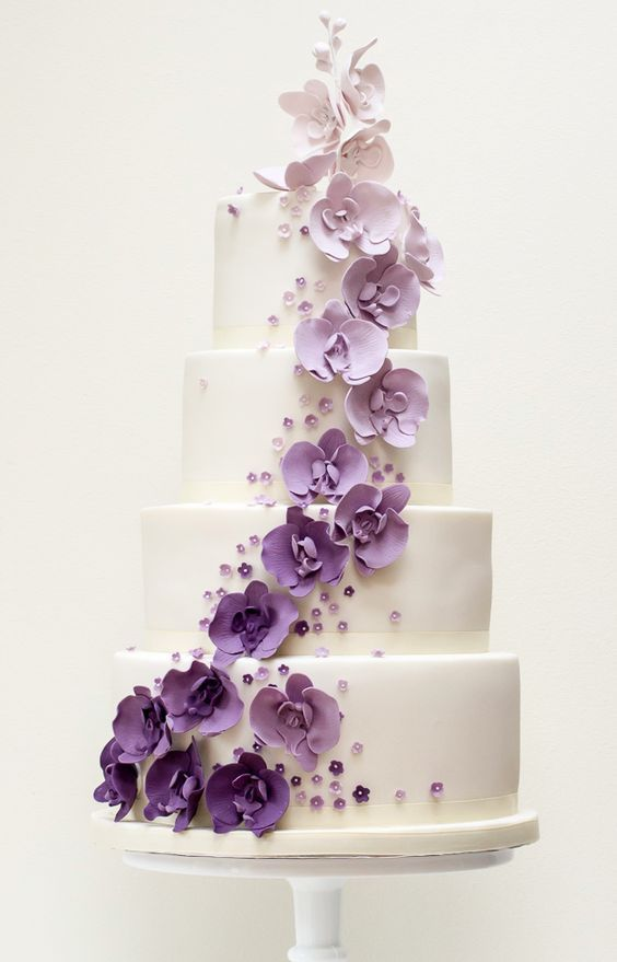 meaning of wedding cake tiers 25 best ideas about purple wedding cakes on 17247