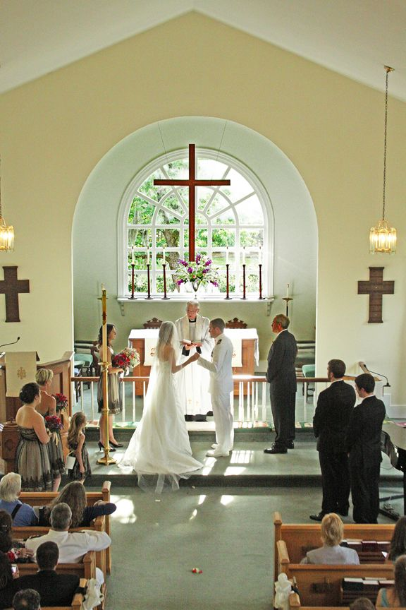 wedding ceremony at trinity episcopal church in pinopolis south