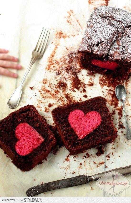 Ciasto walentynkowe Ciasto wewnętrzne (różowe):… na Stylowi.pl