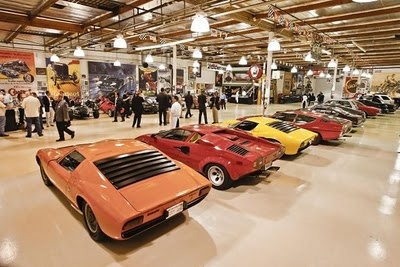 This is Jay Leno's garage: Nice Garages, Leno Collection, Jay Leno, Cars Collection, Dreams Garages, Leno Garages, Leno Cars, Crazy Garages, 240 Cars