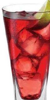 El vodka cranberrry es un coctel muy refrescante que no tiene tanto alcohol. Es muy rico y su sabor es muy especial.
