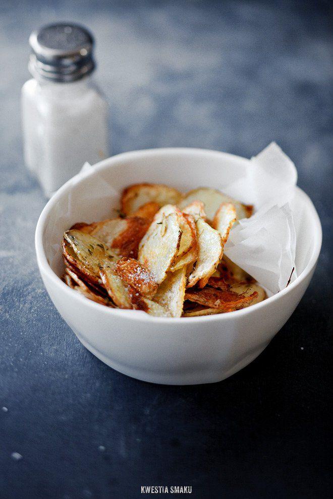 Pieczone chrupiące chipsy z ziemniaków   Kwestia Smaku