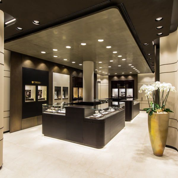 Bucherer in Munich by Blocher Blocher Partners