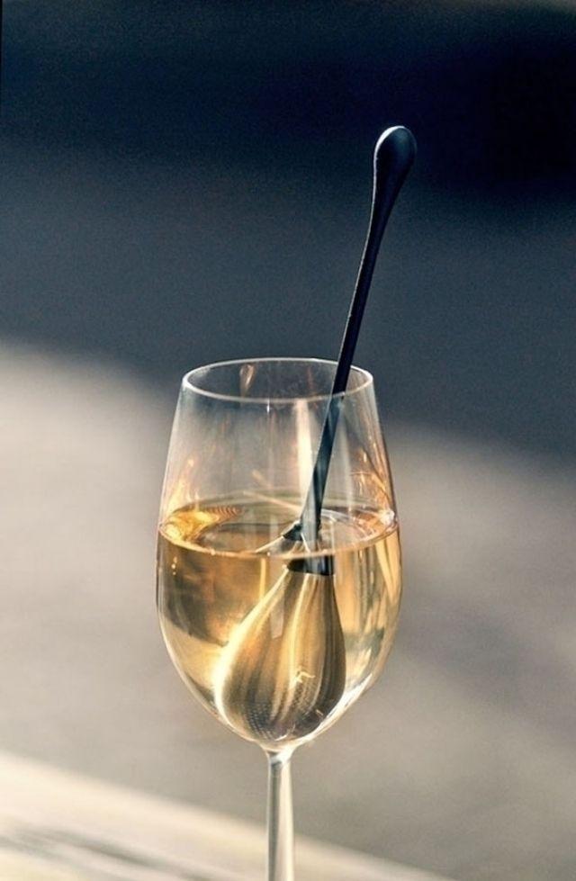 Praktyczne chłodzenie napojów latem i nie tylko. http://domomator.pl/praktyczne-chlodzenie-napojow-latem-i-nie-tylko/