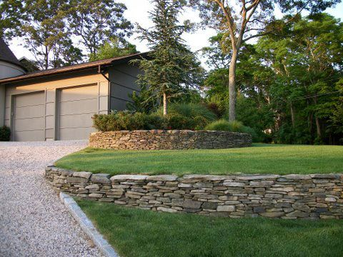 Best 25 driveway landscaping ideas on pinterest solar for Stone island bedding