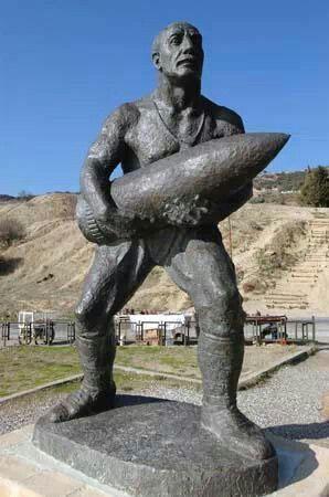 Çanakkale kahramanlarından Seyid Onbaşı heykeli. Canakkale wars soldier Seyyid Onbasi statue.