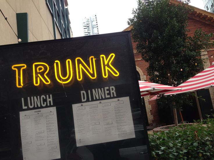 Trunk neon sign on Exhibition St, Melbourne #melbourne #misslicko #happytypings #fionahudson
