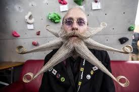 Resultado de imagen de bigotes y barbas de moda