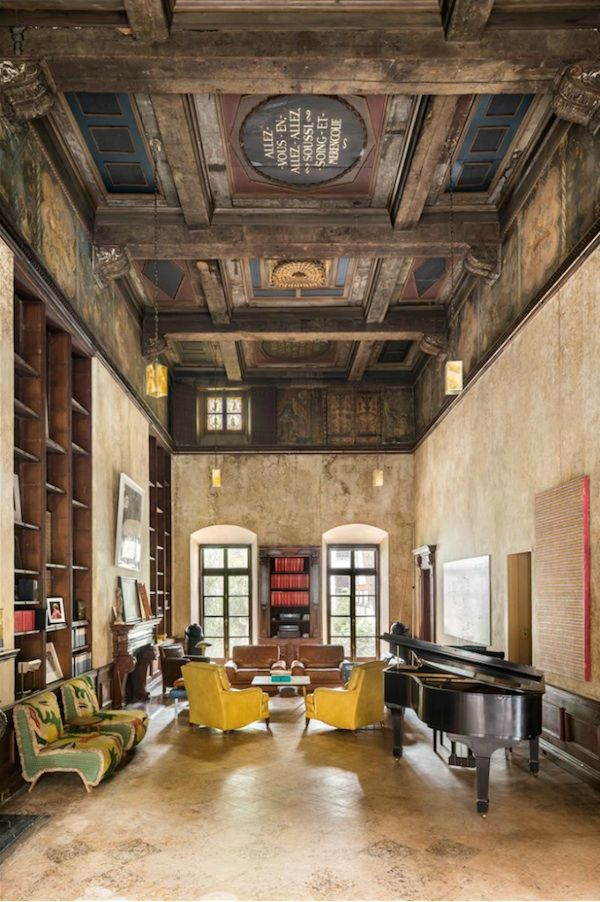 MARY-KATE + OLIVIER SARKOZY'S NYC TOWNHOUSE......Love it...bureauofjewels/etsy and facebook..xxx