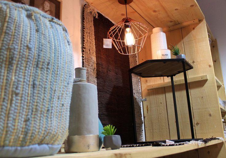 1000 images about dok 2 de winkel on pinterest indigo teak and kunst - Decoratie entree van hal ...