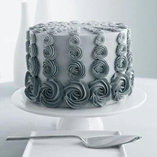 50 shades of grey buttercream cake