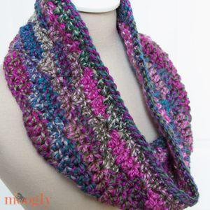 Free Crochet Patterns Using Fine Yarn : Free Pattern: Luscious One Skein Cowl - moogly free ...