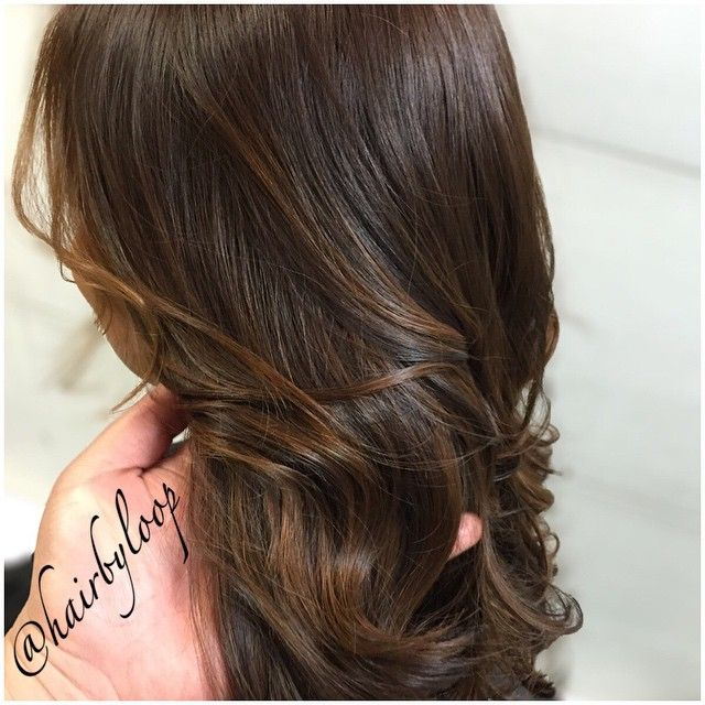 #ShareIG Close up Mocha brown with Subtle balayage! #hairbyloop #hair #haircut #layers #haircolor #balayage #blendedombre #ombre #balayagehighlights #paintedhair #longhair #mochabrownhair #matrix #redken #healthyhair #blondme #kenra #moroccanoil #beforeandafterhair #nofilter #hairmakeover #valentinesdayhair