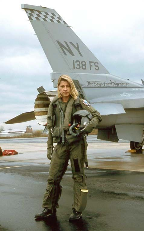 """Maj. Jacquelyn Susan """"Jackie"""" Parker was one of the first female fighter pilots assigned to an F-16 Viper squadron http://www.voodoo-world.cz/falcon/girls.html"""