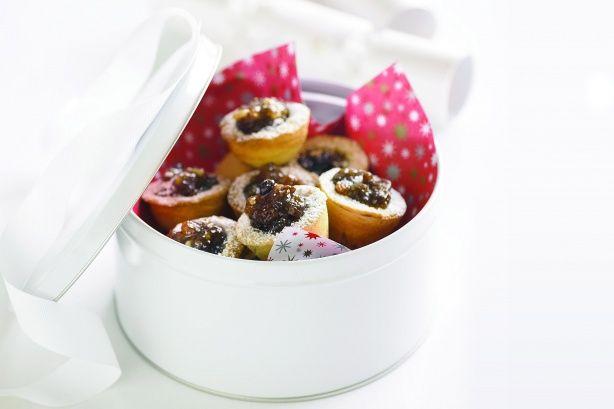 These mini fruit bites make fabulous Christmas gifts.